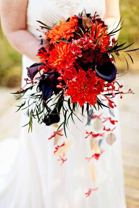 modern cascade bridal bouquet