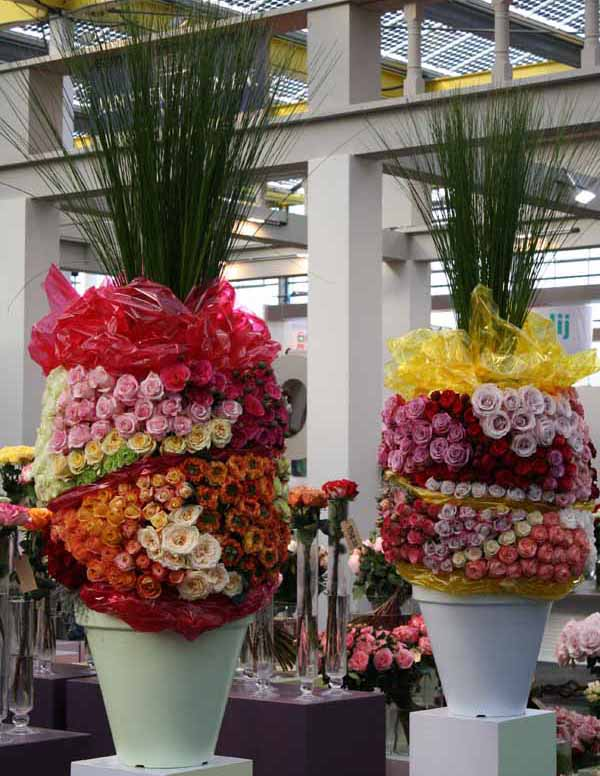 large rose arrangements
